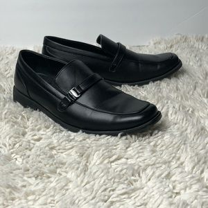 Men's black Perry Ellis loafers